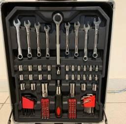 Vendo caixa de ferramentas