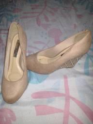 Sapato Beira Rio intacto N-37 de camurça  apenas 25,00