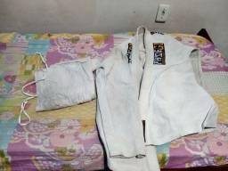 Kimono Jiu Jitsu tamanho A2 Cor branca