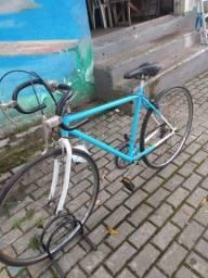 Bicicleta Monark antiga aro 700