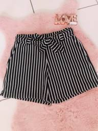 Shorts Listras Feminino