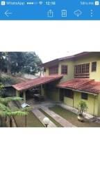 Vendo casa com terreno no centro de vargem alta com água de nascente e piscina