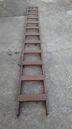 Escada Reta Madeira Pintor Manutenção 12 Degraus 4m X 0,38m