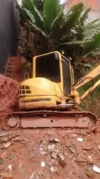 Mini escavadeira New Rolland 5 ton 2009 giro zero