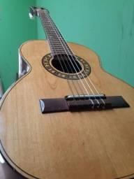 Vendo um lindo violão infantil