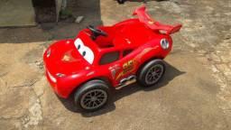 Carro a Pedal Cars Relâmpago Mcqueen -