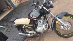 Vendo moto kasinski/ flash $ 2.000