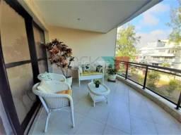 Apartamento à venda com 3 dormitórios cod:RCAP31263