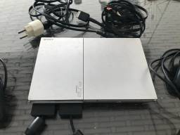 PlayStation 2 - R$250,00
