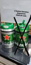 Lixeiras com barril Heineken