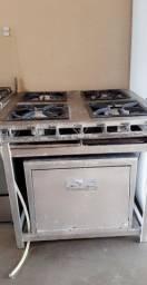 Vendo fogão industrial 4bocas com forno