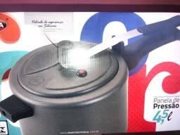 Panela de pressão antiaderente 4,5 L