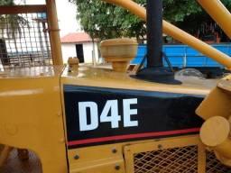 TRATOR DE ESTEIRA D4E ANO 82