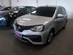 Toyota Etios Hatch X 1.3 (Aut) (Flex)