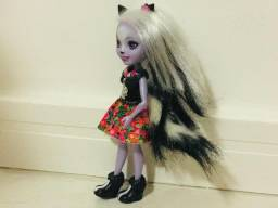 Lojinha da Bia - Boneca Enchantimal