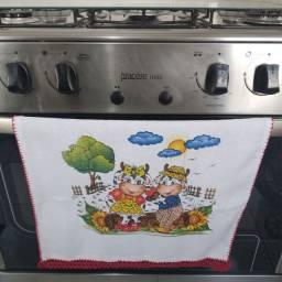 Pano de prato com bico de crochê para presentear. Kit com 10 panos