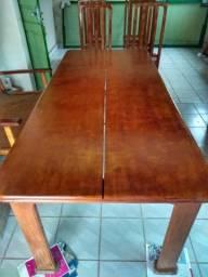 Conjunto cadeira e mesa