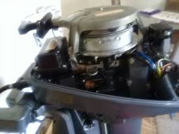 Motor Yamaha -8 HP. Ano 2010. Valor: R$ 5.000,00.