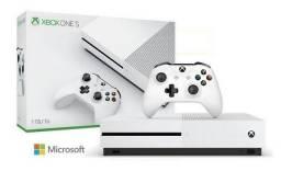 Vendo ou Troco Xbox One S com 6 Jogos em PC