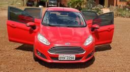 Ford New fiesta 1.6 se cambio manual 2015