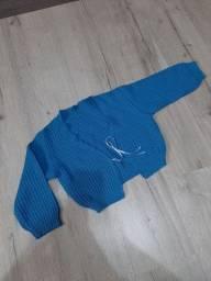 Casaquinho de fio azul P (novo)