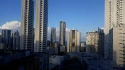 Ap mobiliado,  coração de Boa Viagem,  perto do Shopping  Recife.
