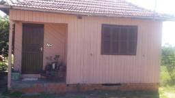 Vende- se casa de madeira!