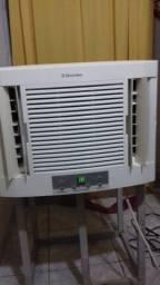 Ar condicionado Janela Electrolux 10 mil btus 127 volts