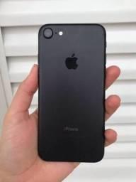 IPhone 7 preto fosco 32gb