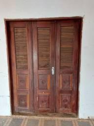 Porta de Madeira / preço negociável