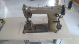 Máquina de Pesponto 2 agulhas