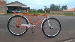 Bicicleta antiga restaurada