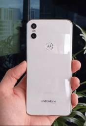 Vendo ou troco Moto One 64 gb