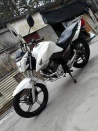 Moto fan 160 branca