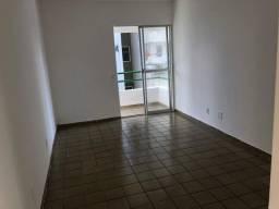 DM vende apartamento com 2 quartos,64m2-Candeias
