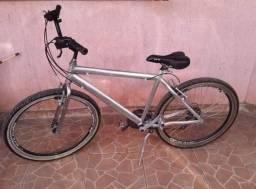 Bicicleta de Alumínio aro balão, aro 26