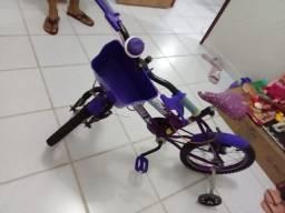 Vendo bicicleta infantil usada apenas 2 meses