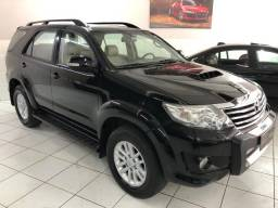 Toyota Hilux SW4 Diesel 4x4 7 Lugares