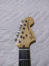 Guitarra Fender Highway One