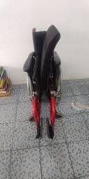 Cadeira de rodas desmontável