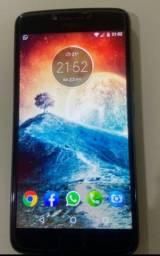 Vendo ou troco Motorola Moto E4 Plus na caixa VALOR 400 reais