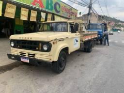 Caminhão dodge 400
