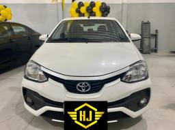 Toyota Etios X Plus Sedan 1.5 AT