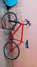 Troco bicicleta por um violão
