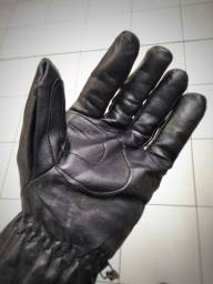 Frio chegando e para você que anda de moto tomos luvas em couro sintético flanelada