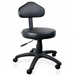 Cadeira mocho com encosto