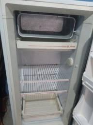 Vende essa geladeira