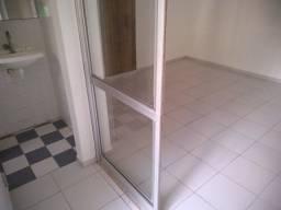 1 Quarto, varanda incorporada a sala, elevador, garagem, Federação proximo a TV Bahia
