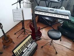 Aulas de Música - (Teoria e Prática)