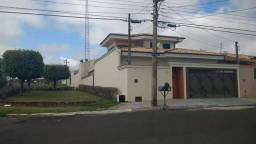 Sobrado no Altos do Paraíso C/ 3 Dorm/ Suíte/ Armários, 3 Salas, Espaço Gourmet - Financia